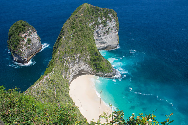 Things to do in Seminyak, Bali -- a day trip to Nusa Penida