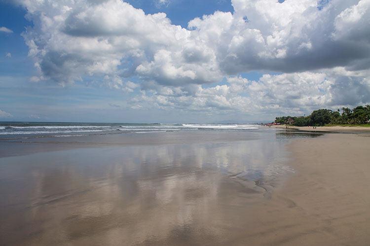 Things to do in Seminyak, Bali -- walking along the beach