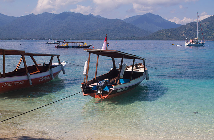 The best beaches on Gili Air, Indonesia -- the port
