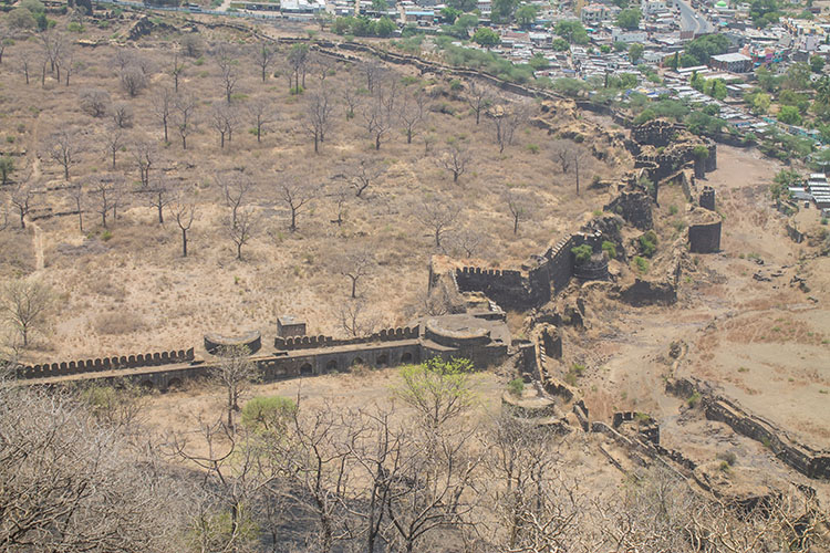 The day trip to Ellora Caves from Aurangabad, India -- Daulatabad Fort