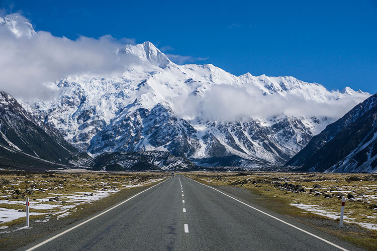 Two week New Zealand itinerary: The road to Mount Cook