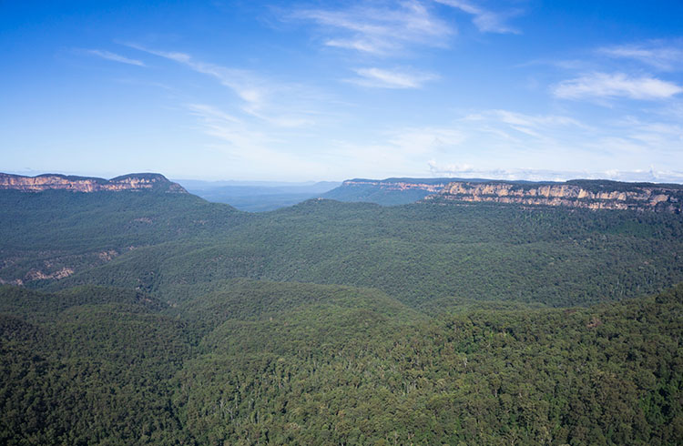 Stunning view of the Blue Mountains from Echo Point, Australia