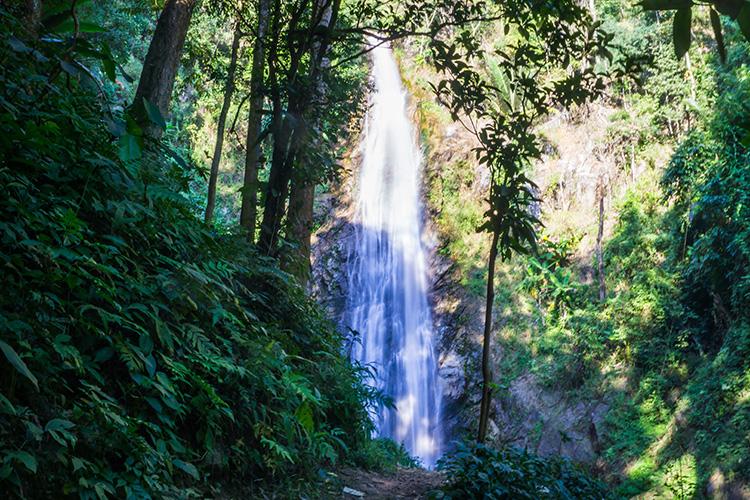 Cascada de Khun Korn, Chiang Rai, Tailandia